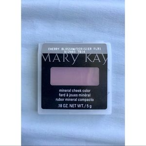 Mary Kay Mineral Cheek Color in Cherry Blossom